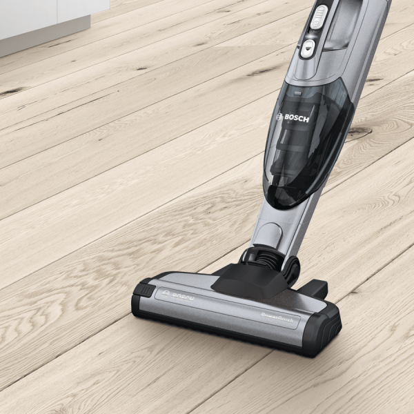 MCSA02355488_BO_T_14_THA_other_BBHL21435_picture_nKF_cordless_cleaning_ENG_210917_def